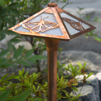 Butterfly Garden Pathway Light - Old Penny w/Champagne Glass