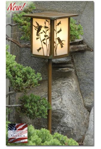 Hummingbird Garden Lantern (Flat Roof/Straight Stake)