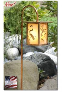 hummingbird-garden-lantern-flat-top-curved-stand-scenery