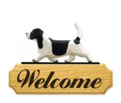 Basset Hound Dog Welcome Sign